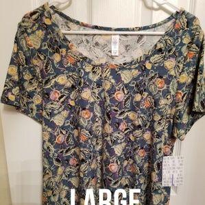 LuLaRoe large Classic T